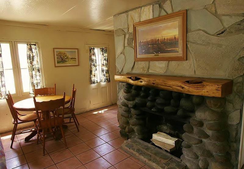 Cabin 18 Interior