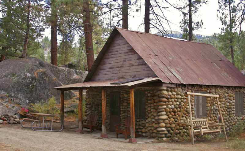 Cabin 20 - Two Bedroom